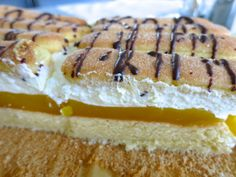 LAMBADASCHNITTE - Bine kocht! Sandwiches, Desserts, Food, Tailgate Desserts, Deserts, Essen, Postres, Meals, Dessert