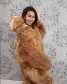 Fox Fur Coat, Fur Coats, Fur Clothing, Sheepskin Coat, New Fox, Snow Suit, Mascot Costumes, Fur Fashion, Pants For Women
