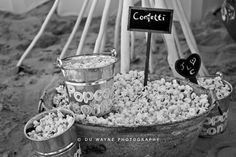 Popcorn Confetti Gypsophila, Wedding Inspiration, Wedding Ideas, Pretty Flowers, Wonders Of The World, Confetti, Wedding Planning, Wedding Decorations, Popcorn