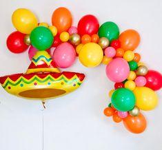 Cactus Balloon, Balloon Arch, Balloon Garland, The Balloon, Fiesta Theme Party, Party Themes, Party Ideas, Mexican Birthday, Mexican Party
