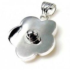 Colgante de plata de primera ley con forma de flor lisa de 2,5 cm de diámetro