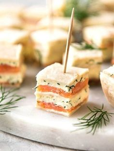 Простые и сытные закуски на Новый год на скорую руку, которыми можно удивить гостей