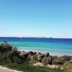 Point Lonsdale #Geelong #Victoria #Australia #pointlonsdale #ocean #oceanscape #instalife #instapic #nature #beautiful #spiritoftasmania by banshee19 http://ift.tt/1EBJopQ