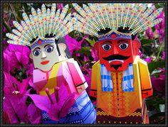 Ondel-Ondel Betawi Puppet Free Paper Toys Download - http://www.papercraftsquare.com/ondel-ondel-betawi-puppet-free-paper-toys-download.html