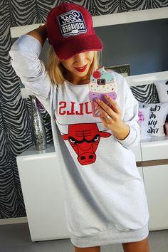 Long sweatshirt like dress BULLS