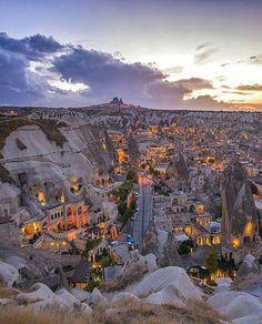 Cappadocia, Turkey. Photo by @kyrenian