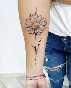 Aster Tattoo, Aster Flower Tattoos, Sunflower Tattoos, Cute Elephant Tattoo, Elephant Tattoo Design, Cute Tattoos, Beautiful Tattoos, Body Art Tattoos, Tattoo Ink