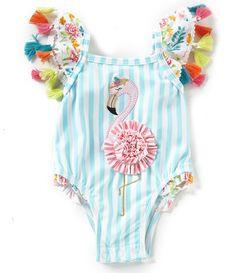 - MudPie Baby Girl Flamingo gestreifter Badeanzug mit Blumenmuster - Some Day. Baby Bikini, Baby Girl Swimwear, Baby Girl Swimsuit, Kids Swimwear, Toddler Fashion, Kids Fashion, Mud Pie Baby, Floral One Piece Swimsuit, 2 Piece Swimsuits