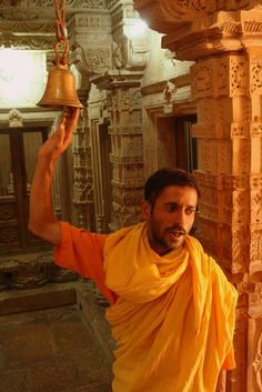 Dans le temple jaïn de Jaisalmer (Inde)
