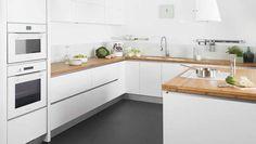 inspiration cuisine four blanc meuble blanc, plan de travail en bois