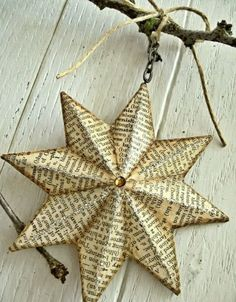 70 Christmas Star Craft - Great And Cheerful DIY Ornaments Christmas Star Decorations, Christmas Paper, Diy Christmas Ornaments, Simple Christmas, Handmade Christmas, Diy Christmas Star, Christmas Projects, Holiday Crafts, Christmas Ideas
