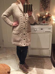 Crochet Coat, Crochet Cardigan Pattern, Crochet Clothes, Crochet Patterns, Diy Fashion, Knitting, Sweaters, Kitty, Stitch