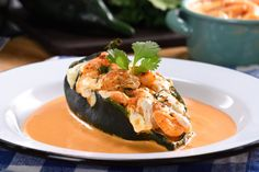 Chile Stuffed with Chipotle Sauce Seafood Dishes, Seafood Recipes, Mexican Food Recipes, Cooking Recipes, Mexican Dishes, Keto Recipes, Dinner Recipes, Dinner Ideas, Keto Foods