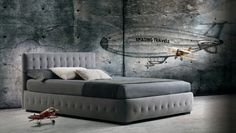 Phuket feature a thick quilting on base and headboard.Milano Bedding http://www.milanobedding.it/