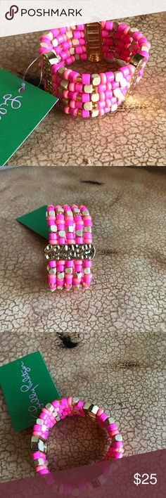 NWT*** Lilly Pulitzer GWP stretch bracelet NWT Lilly Pulitzer GWP stretch bracelet*** pink/ coral  w/ gold tone accent Lilly Pulitzer Jewelry Bracelets