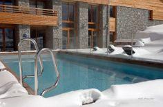 Hôtel Alpenrose (Alpe d'Huez), Maranatha Hotels - Piscine extérieure chauffée   Outdoor heated swimming pool