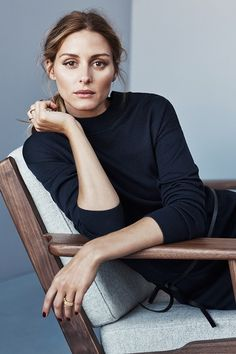 Olivia Palermo y Johannes Huebl para Tommy Hilfiger. Estilo Olivia Palermo, Olivia Palermo Lookbook, Olivia Palermo Style, Olivia Palermo Makeup, Olivia Palermo Wedding, Corporate Portrait, Business Portrait, Nicole Richie, Foto Cv