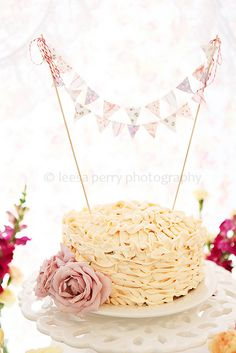 I just like the idea of a banner on a cake