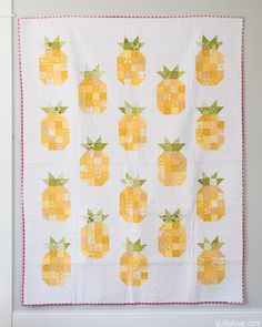 Quilty Love | The Pineapple Quilt | http://www.quiltylove.com