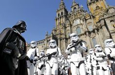 Tropas Imperiales en la Plaza del Obradoiro de Compostela  http://bit.ly/epinner