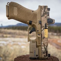 RAE Industries high-quality magazine speed loader developed and manufactured in the USA. Specially designed to simplify the magazine loading process and reduce hand stress. Loads magazines faster and easier. Glock Guns, Weapons Guns, Airsoft Guns, Guns And Ammo, Glock Stippling, Custom Guns, Custom Glock 19, Pistol Annies, Shooting Guns