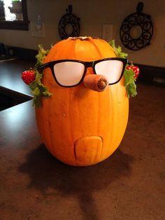 The Farmer as a pumpkin! What a baa-rilliant idea! A Pumpkin, Pumpkin Carving, Pumpkin Ideas, Cool Costumes, Halloween Costumes, Shaun The Sheep, Trick Or Treat, 3rd Birthday, Halloween Decorations