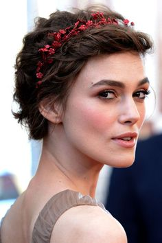 Kiera Knightley rocking a beaded alice band - perfect hairstyle for a bride with short hair