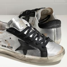 SUPER STAR sneakers in leather with suede star - GCOWS590.A8 - Golden Goose