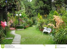 Image from http://thumbs.dreamstime.com/z/english-garden-22500314.jpg.