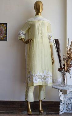 Stylish Dress Designs, Designs For Dresses, Stylish Dresses, Casual Dresses, Fashion Dresses, Women's Casual, Short Dresses, Pakistani Fashion Party Wear, Pakistani Dress Design