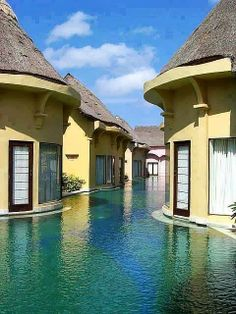 Amazing pool resorts in Bali, Indonesia