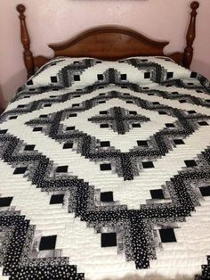 Black/Grey/White Log Cabin Quilt