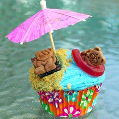 Within the Kitchen: Beach Bear Cupcake Recipe - Hawaiian themed party #2