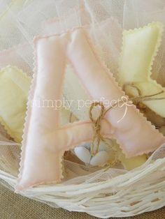 Μπομπονιέρα μονόγραμμα μαξιλαράκι: ΚΩΔ G001 Ballet Dance, Ballet Shoes, Dance Shoes, Christening, Slippers, Favours, Blog, Communion, Child