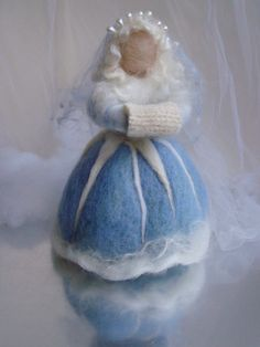 Felted Sculpture Art doll workshop - Lady Autumn or Queen/King Winter.