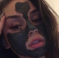 mask aesthetic girl Maggie – Keep up with the times. Girls Twitter, Twitter Twitter, Tumbrl Girls, Foto Casual, Maggie Lindemann, Too Faced, Insta Photo Ideas, Just Girl Things, Diy Face Mask