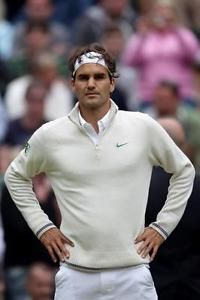 Roger Federer is widely heralded as the greatest tennis player of all time, earning the title from fellow professionals such as John McEnroe and Rafael Nadal. When one examines Federer's incredible run of success as a player, it is ha Mode Tennis, Atp Tennis, Sport Tennis, Play Tennis, Wimbledon 2012, Wimbledon Tennis, Federer Wimbledon, Nike Roger Federer, Health Fitness