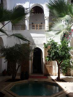 JARDIM DA RIAD MATHAM-MARRAQUEXE Visite esta charmosa Riad em Marraquexe