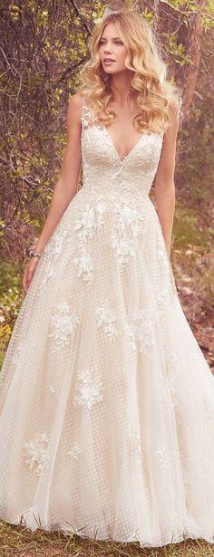 Wedding dress by Maggie Sottero 2017 | @maggiesotero #maggiesottero #maggiebride