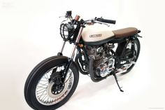 Kawasaki KZ400 by Free Kustom Cycles