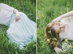 http://dreameyestudio.pl/ #dreameyestudio #vintage #mint #blueskirt #longskirt #summerfashion #grass #photosession #poland #polishgirl #romatic