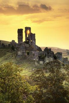 "wanderthewood: ""Sunrise over Corfe Castle - Dorset, England by "" Arundel Castle, Corfe Castle, Leeds Castle, English Castles, Scottish Castles, Castle Ruins, Medieval Castle, Renaissance, Castles In England"