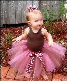 How to make a no-sew-tutu.  Great for people who are scared of sewing machines like me.
