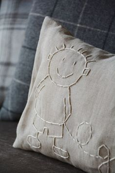 Embroider w/with french knots? Diy Pillows, Decorative Pillows, Cushions, Throw Pillows, Embroidery Patterns, Hand Embroidery, Sewing Crafts, Sewing Projects, My Sewing Room