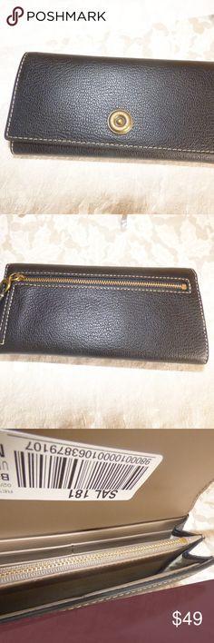 4ef14bccbc Ralph Lauren Millbrook Flap Continental Wallet $128.00 Lauren Ralph Lauren  Millbrook Flap Continental Wallet, Black