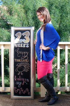 Chalkboard Pregnancy 23 Weeks: Happy Turkey Day!