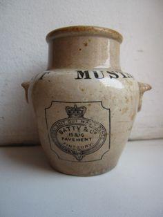 Antique Ceramic Jair Batty´s Mustard London.Dug in a British Army camp Crimean War 1854-56, from an apparent Officer's Mess.