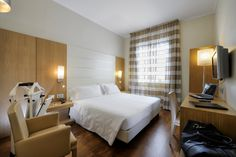 Bright, quiet, spacius : ideal for business man #rooms #standardroom