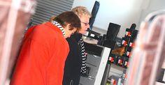 Imprssessionen vom stationären Geschäft von schuhplus - Schuhe in Übergrößen - Das einzigartige Schuhgeschäft für Damenschuhe in Übergrößen sowie  Herrenschuhe in Übergrößen. Das Geschäft ist 900 qm groß und befindet sich in 27313 Dörverden, Große Straße 79a. Mehr unter www.schuhplus.com