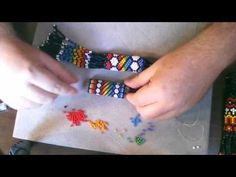 Beading: Designing Repeating Patterns with Tubular Peyote Beading Projects, Beading Tutorials, Peyote Patterns, Beading Patterns, Peyote Stitch Tutorial, Peyote Beading, Native Beadwork, Crafts, Molde
